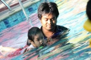 ayo berenang!!